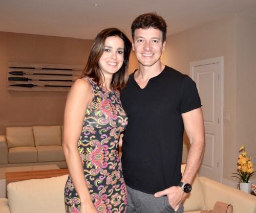 Rodrigo Faro e a esposa estiveram presentes no jantar.