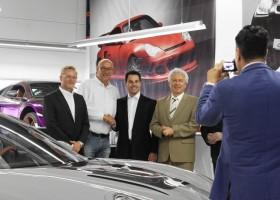 Herdeiro da JSL é recebido pelo prefeito de Loenberg na Alemanha