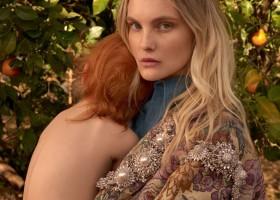 Carol Trentini estrela capa de Vogue em dois diferentes momentos de sua vida