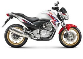 Honda lança edição especial 40 anos da CG no Brasil