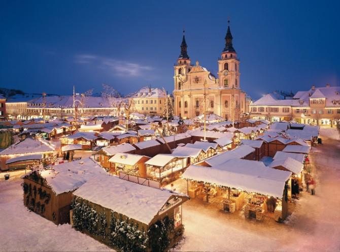 13-ludwigsburg_baroque_christmas_market-low