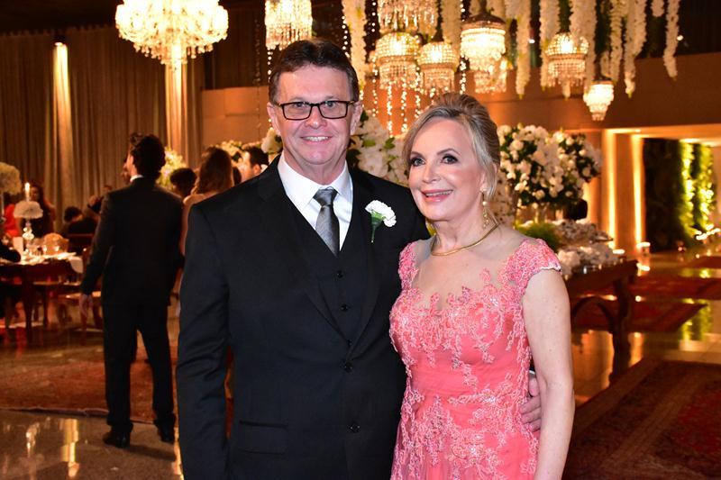 Os pais da noiva, Mauro Antonio Zaionc e Berenice Cubas Zaionc.