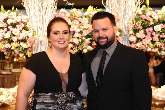 Queridos que só, a empresária Fabiana Carrato com seu marido, Rodrigo Werneck