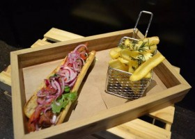 JW Marriott inaugura food truck na cobertura do hotel