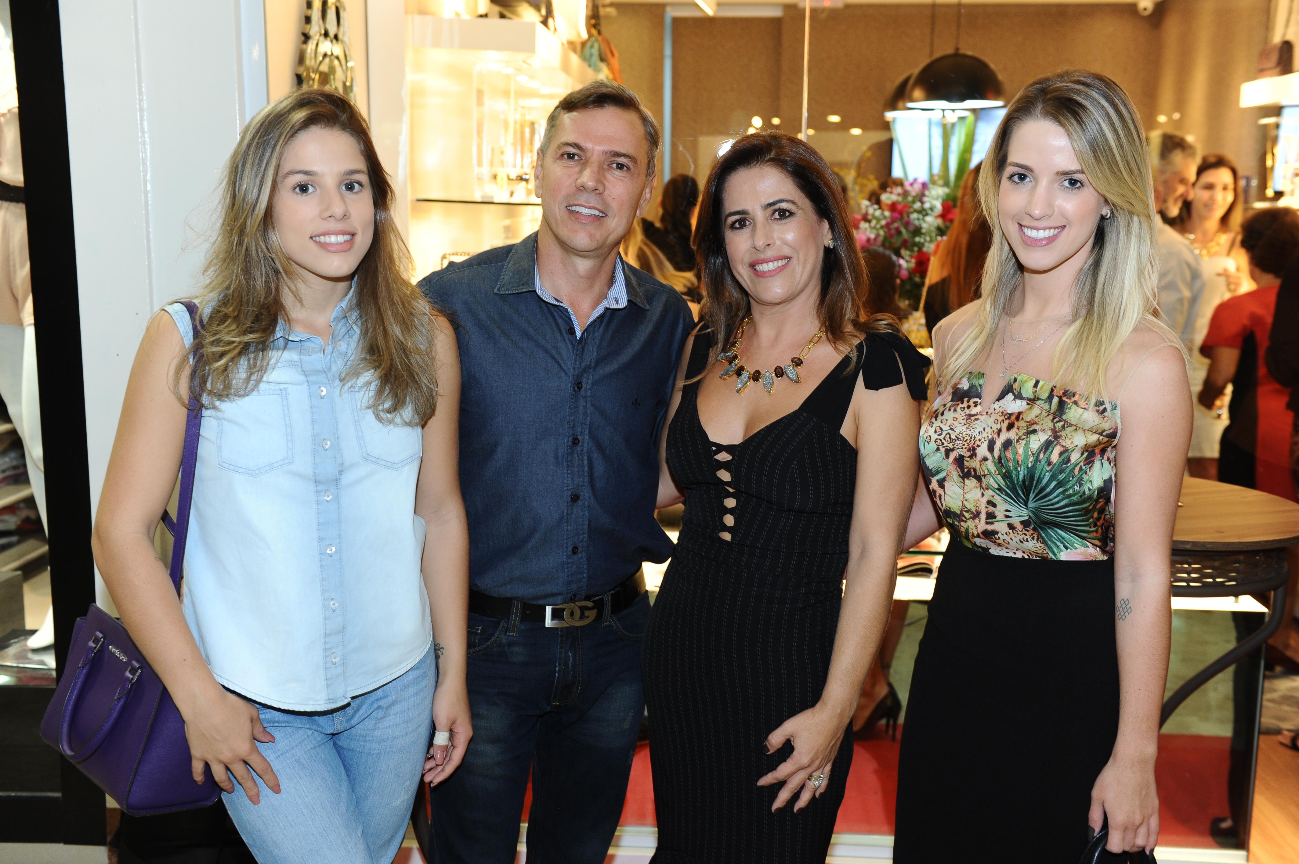 Amanda Auto, Luciano Auto, Vanessa Auto e Andressa Auto