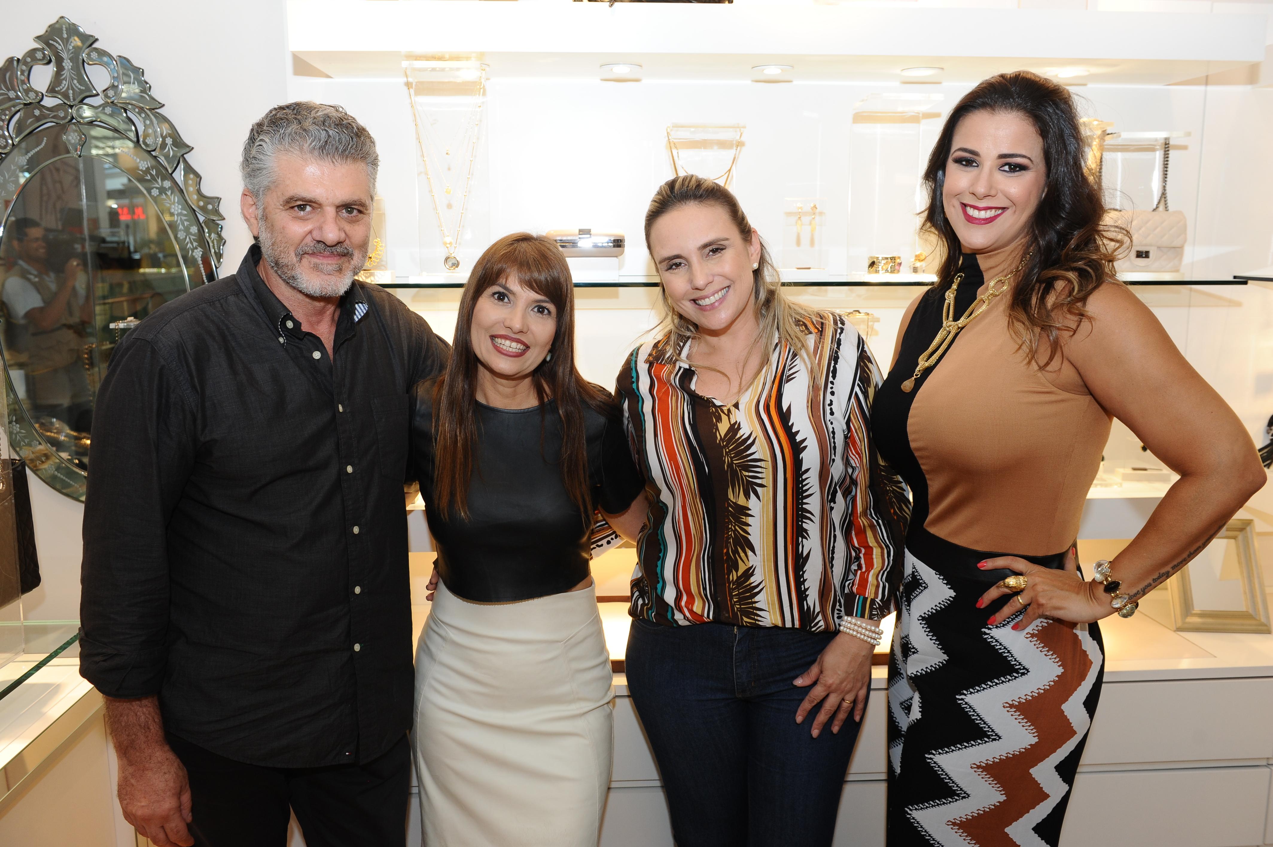 Fabrizio Giannone, Flávia Vicuña, Alessandra Cinti e Bianca Raffi