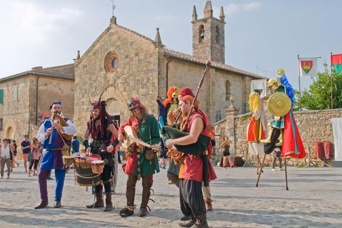 festival-medieval-de-Monteriggione-1024x682
