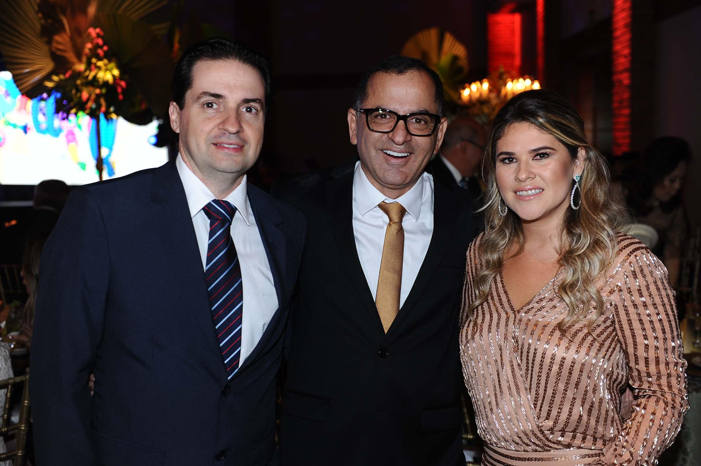 Marcos Mariano, Jefferson de Almeida e a nutricionista Beth Pinheiro