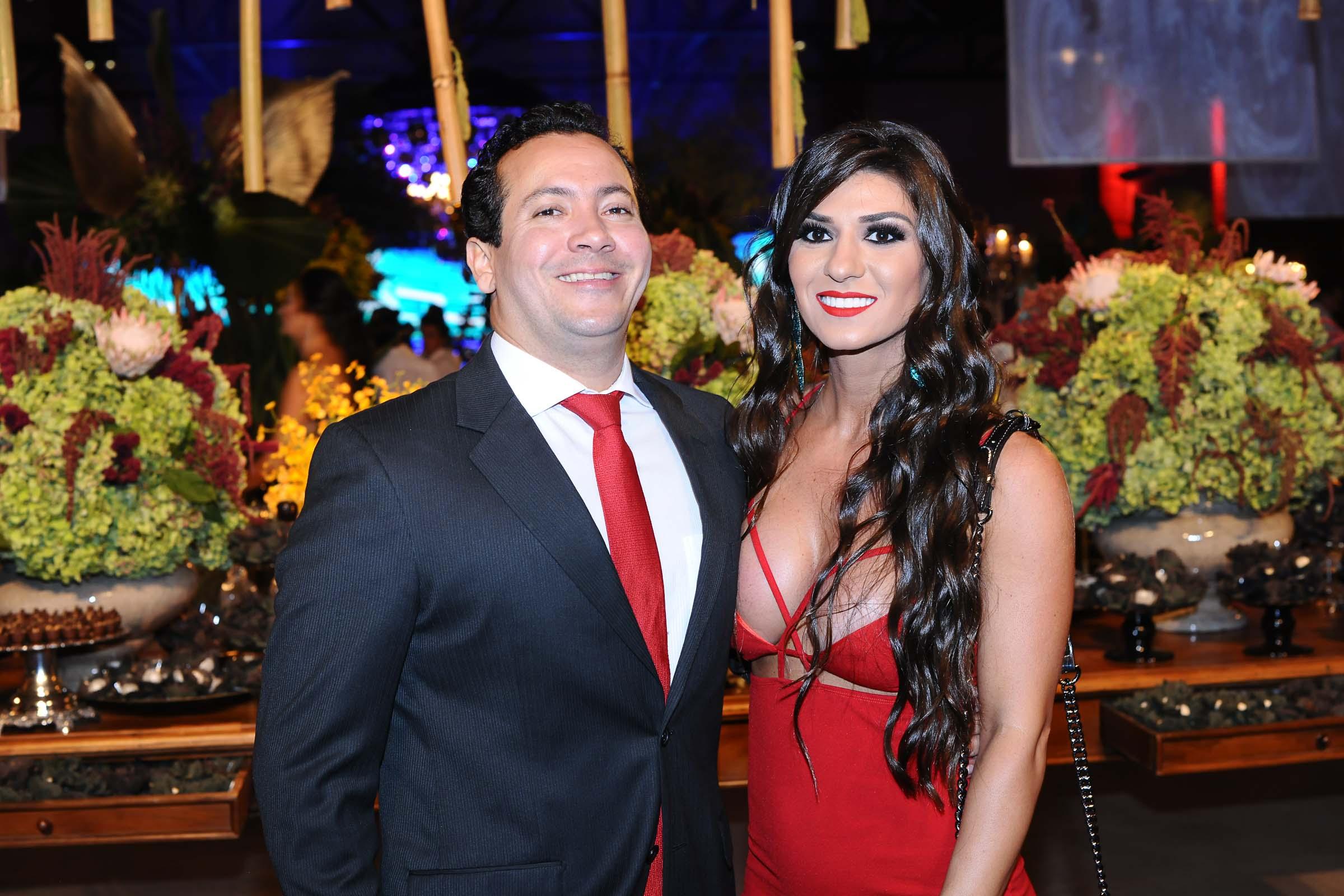 O casal André Braga Chapinoti e Larissa Muzzi