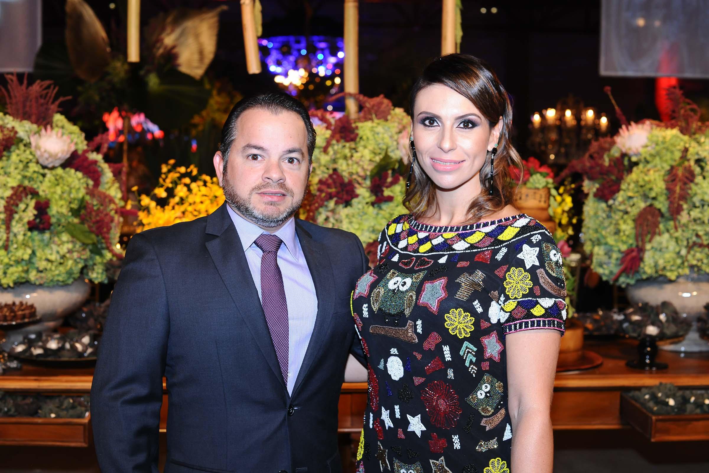 O casal Kaline Youssef e Luis Ricardo Coutinho