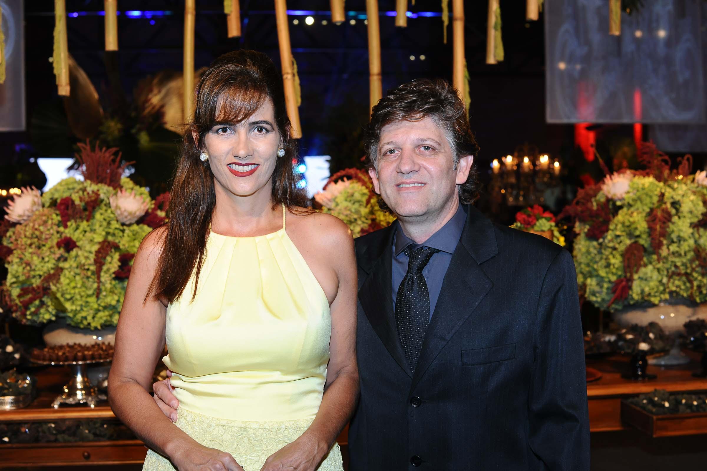 O casal Petra Munhoz Parma e Achiles Parma Neto