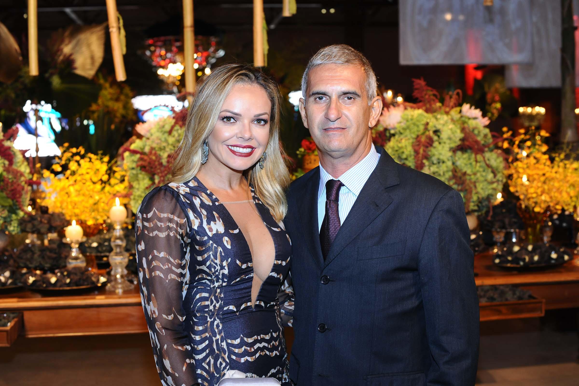 O casal Silvana e Flávio Buainain, presenças queridas nos eventos sociais