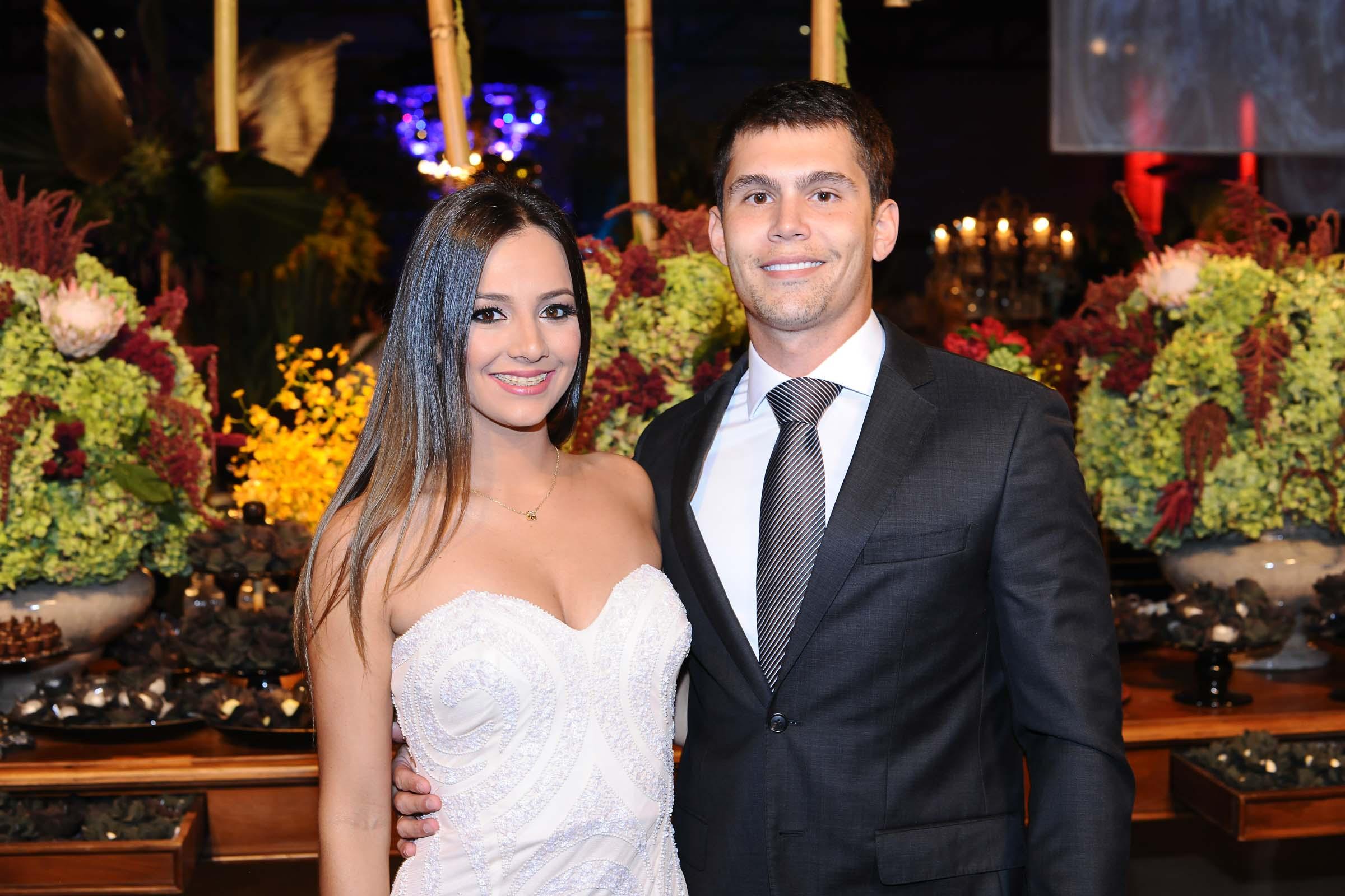 Os noivos Bruna e Guilherme Reich