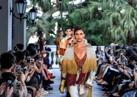 """Iódice celebra trinta anos com desfile """"Tropical Art"""""""