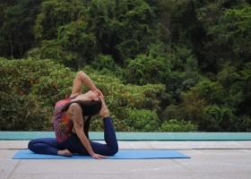 Programa online de 90 dias propõe transformação do corpo através dos benefícios do yoga