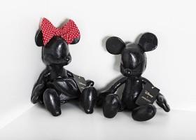 Arezzo e OrientaVida lançam versão dos icônicos personagens da Disney