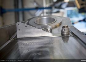Primeira peça de titânio impressa em 3D é instalada em produção em série de aeronaves