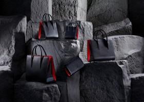 A bolsa Paloma de Christian Louboutin em versão ultra black
