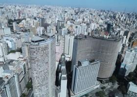 Passeio de helicóptero, o jeito mais gostoso de conhecer a maior cidade do Brasil