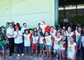 Projeto leva presentes a mais de 700 crianças carentes da Capital