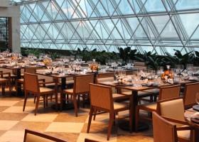 Páscoa no Renaissance São Paulo Hotel terá estação de chocolate exclusiva no restaurante Terraço Jardins