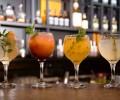 Gràcia Bar traz novas receitas de gin e tônica com ingredientes tropicais na carta de bebidas