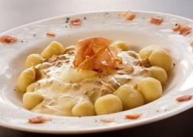Gnocchi al Mascarpone e Parma