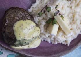 Escalope de Mignon com Molho Dijon e Risoto de Brie