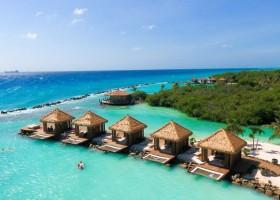 Aruba: águas transparentes e verão o ano inteiro