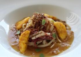 Master of Pasta Barilla: Aprenda a fazer um Bavette Barilla com Carne Seca desfiada e Banana da Terra