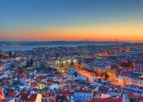 Baixos salários e aluguel alto frustram imigrantes que sonham com estabilidade financeira em Portugal