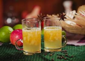 Aprenda a preparar quentão de frutas